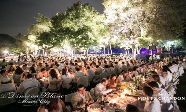 Dîner en Blanc celebra su tercera edición en México